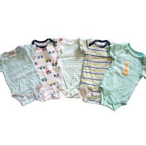 5 piece baby boy 0-3 month bundle mixed brands